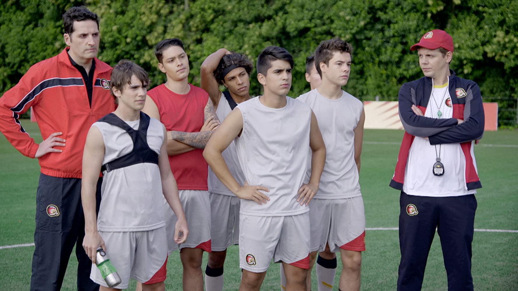 Unsprezece 11 Sezonul 2 Episodul 12 Dublat în Română