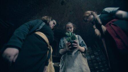 O vrăjitoare îngrozitoare Sezonul 4 Episodul 12 Dublat în Română